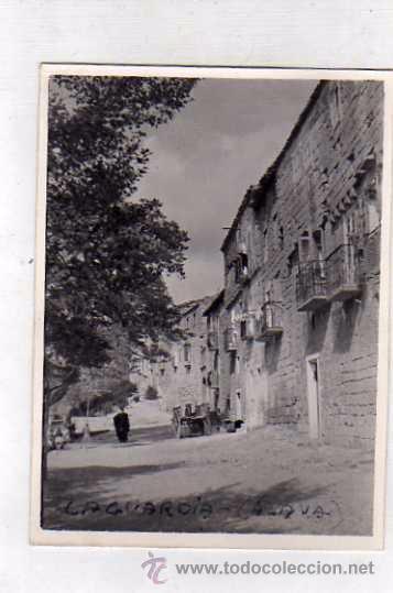 FOTOGRAFÍA LAGUARDIA, LAS ANTIGUAS MURALLAS HOY VIVIENDAS LAGUARDIA ALAVA. FOTO SOMOZA. ZAMORA (Postales - España - Pais Vasco Antigua (hasta 1939))
