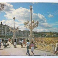 Postales: POSTAL SAN SEBASTIAN GUIPÚZCOA HOTEL DE LONDRES Y PLAYA DE LA CONCHA AÑO 1983. Lote 54709777