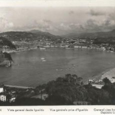 Postales: SAN SEBASTIÁN (GUIPÚZCOA), VISTA GENERAL DESDE IGUELDO - MANIPEL - CIRCULADA 1958. Lote 57173421