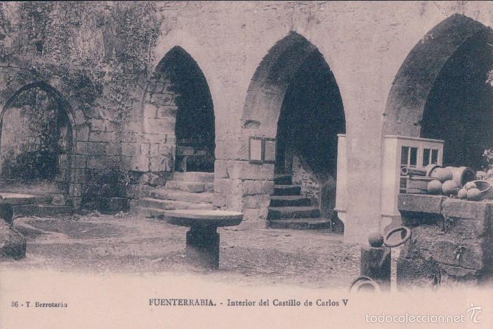 TARJETA POSTAL ANTIGUA DE SAN SEBASTIAN. FUENTERRABIA. INTERIOR DEL CASTILLO DE CARLOS V. TIBURCIO B (Postales - España - Pais Vasco Antigua (hasta 1939))