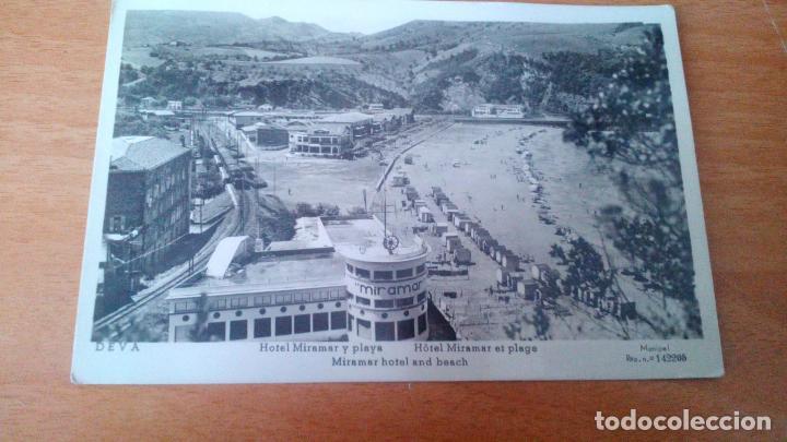 DEVA (GUIPUZCOA) - HOTEL MIRAMAR Y PLAYA - TREN CIRCULANDO - SIN CIRCULAR (Postales - España - País Vasco Moderna (desde 1940))