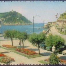 Postales: SAN SEBASTIAN -CLUB NÁUTICO Y BAHÍA- TEXTO EN REVERSO 1959 / P-851. Lote 95825959