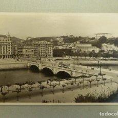 Postales: POSTAL - ESPAÑA - SAN SEBASTIAN - 102.- PUENTE DE STA. CATALINA - FOTO GALARZA - NUEVA. Lote 105131723