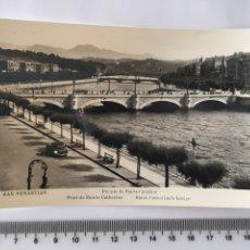 Postales: POSTAL. SAN SEBASTIÁN. PUENTE DE STA. CATALINA. MANIPEL. H. 1950?. Lote 112969886