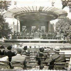 Postales: FOTO-POSTAL BILBAO: PASEO ARENAL/KIOSCO DE LA MUSICA Nº40 ED. GARCIA GARRABELLA - SIN CIRCULAR. Lote 116037103