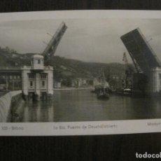 Postales: BILBAO - 103 - LA RIA. PUENTE DE DEUSTO ABIERTO - MADYMA - VER REVERSO - (53.064) . Lote 123761559