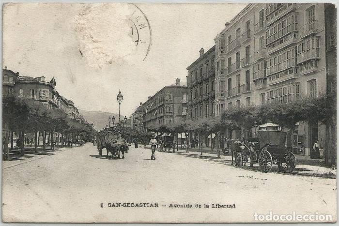 POSTAL SAN SEBASTIAN AVENIDA DE LA LIBERTAD E SIN DIVIDIR GUIPUZCOA (Postales - España - Pais Vasco Antigua (hasta 1939))