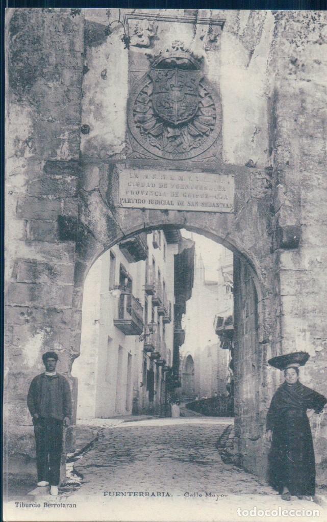 POSTAL FUENTERRABIA - CALLE MAYOR - TIBURCIO BERROTARAN - SIN DIVIDIR (Postales - España - Pais Vasco Antigua (hasta 1939))