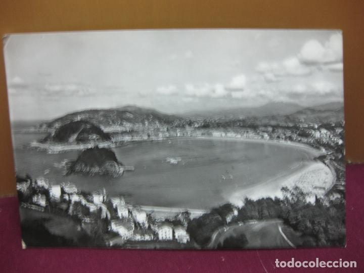 POSTAL SAN SEBASTIAN VISTA GENERAL DESADE IGUELDO. MANIPEL 1960. (Postales - España - País Vasco Moderna (desde 1940))