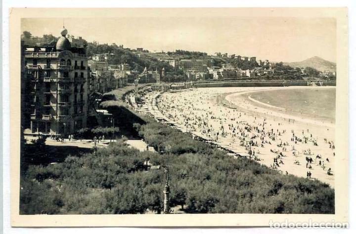 TARJETA POSTAL FOTOGRAFICA - SAN SEBASTIAN / PASEO Y PLAYA DE LA CONCHA (Postales - España - País Vasco Moderna (desde 1940))