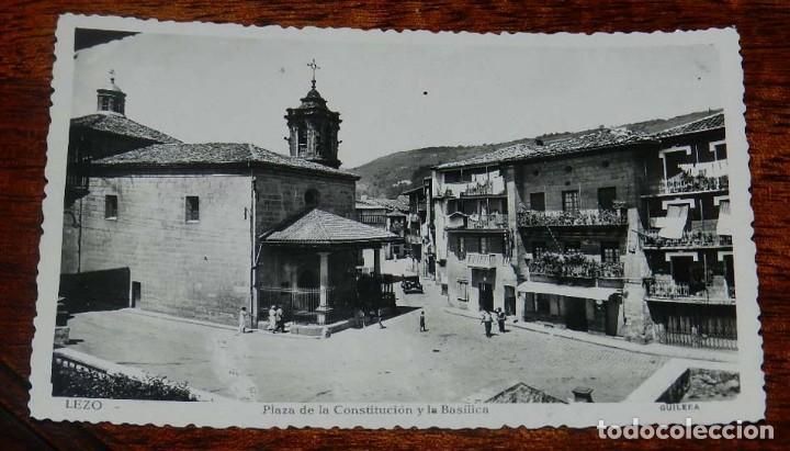 FOTO POSTAL DE LEZO, PLAZA DE LA CONSTITUCION Y LA BASILICA, GUILERA, SIN CIRCULAR (Postales - España - Pais Vasco Antigua (hasta 1939))