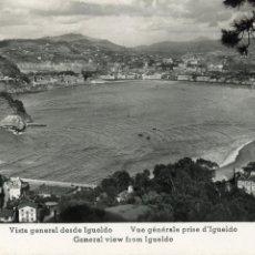Postales: SAN SEBASTIAN.VISTA GENERAL DESDE IGUELDO. ESCRITA Y CONSERVA EL SELLO. Lote 154654894