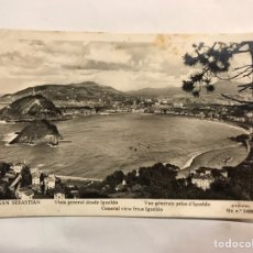 Postales: SAN SEBASTIÁN. POSTAL VISTA GENERAL DESDE IGUELDO. EDITA: MANIPEL (H.1950'. Lote 159526888