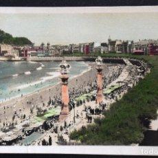 Postales: SAN SEBASTIÁN, PASEO Y PLAYA DE LA CONCHA Nº 42 - FOTO GALARZA - CIRCULADA AÑO 1957. Lote 172834053