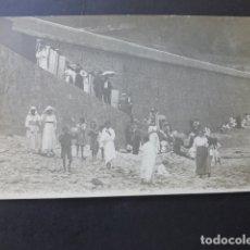 Postales: ZARAUZ GUIPUZCOA LA PLAYA POSTAL FOTOGRAFICA HACIA 1915. Lote 175787042