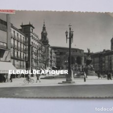Postales: 3 VITORIA. PLAZA DE LA VIRGEN BLANCA. ED. GARCIA GARRABELLA. CIRCULADA. 1952. CCTT. Lote 176438837