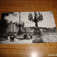 Postales: (ALB-TC-202) POSTAL SAN SEBASTIAN ENTRADA A LA CONCHA. Lote 179031815