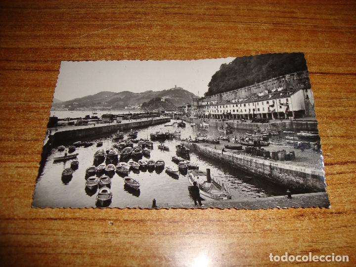 (ALB-TC-202) POSTAL SAN SEBASTIAN PUERTO DE PESCADORES (Postales - España - País Vasco Moderna (desde 1940))