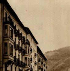 Postales: ZUMARRAGA CALLE DE LEGAZPI. Lote 182738682