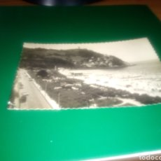 Postales: ANTIGUA POSTAL DE SAN SEBASTIÁN. PLAYA DE ONDARRETA Y MONTE IGUELDO. EDICIONES DARVI DE ZARAGOZA. Lote 190595886