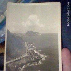 Postales: ZARAUZ CARRETERA COSTA RATON GUETARIA ED BASURKO S/C S/Nº ALGO SOBADA AMARILLENTA . Lote 195487513