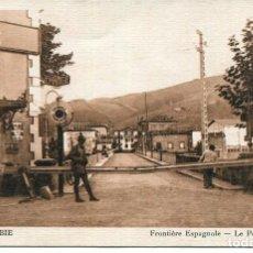 Postales: BEHOBIE-PUENTE INTERNACIONAL-FRONTERA HISPANO-FRANCESA-POLICIA. Lote 204147987