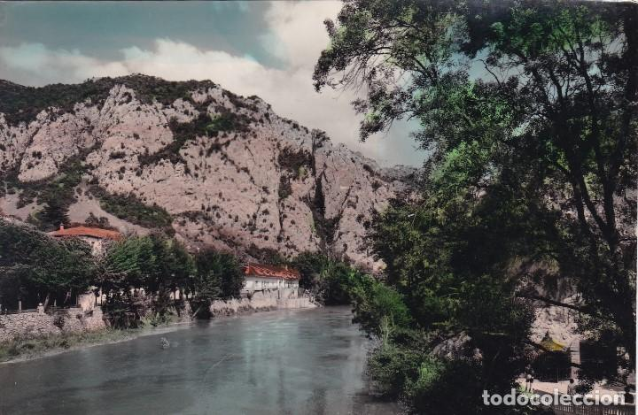 ALAVA SOBRON VISTA RESIDENCIA Y PEÑA LUSO. ED. SICILIA. Nº 8. POSTAL EN BYN COLOREADA. CIRCULADA (Postales - España - Pais Vasco Antigua (hasta 1939))