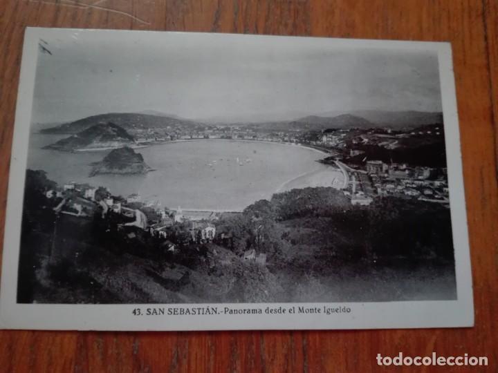 POSTAL SAN SEBASTIÁN DONOSTIA - PANORAMA DESDE EL MONTE IGUELDO - SIN CIRCULAR - BRILLO. (Postales - España - Pais Vasco Antigua (hasta 1939))