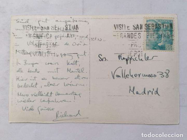 Postales: POSTAL SAN SEBASTIAN, VISTA DESDE EL MONTE URGULL, ESCRITA AÑOS 50 - Foto 2 - 221967617