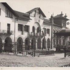 Postales: POSTAL BEASAIN - PLAZA DE SAN MARTIN DE LOINAZ - FOTO ALZURI. Lote 222369292