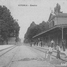 Postales: VITORIA ALAVA PAIS VASCO ESTACION DEL FERROCARRIL - 1910 - IMPECABLE - RARA EN ESTE ESTADO. Lote 224835716