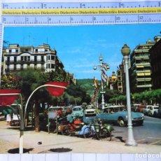 Postales: POSTAL DE GUIPÚZCOA, SAN SEBASTIAN. AÑO 1963. AVENIDA DE ESPAÑA. MOTOS VESPA. CITROEN TIBURON. 3564. Lote 245122465