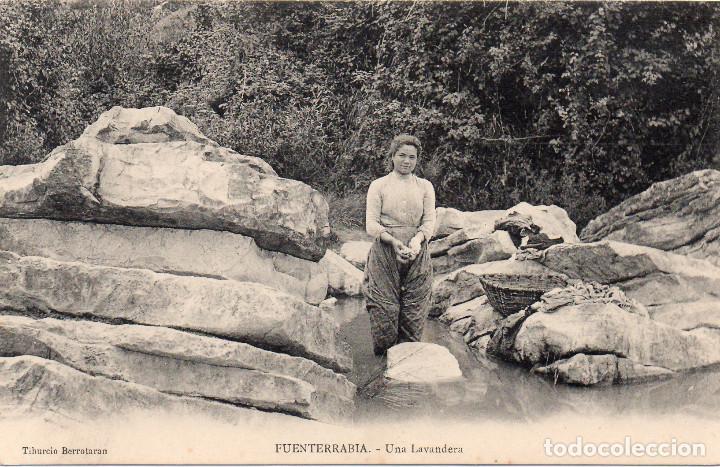 POSTAL DE FUENTERRABIA ONDARRIBIA GUIPÚZCOA UNA LAVANDERA EDIT. TIBURCIO BERROTARÁN (Postales - España - Pais Vasco Antigua (hasta 1939))