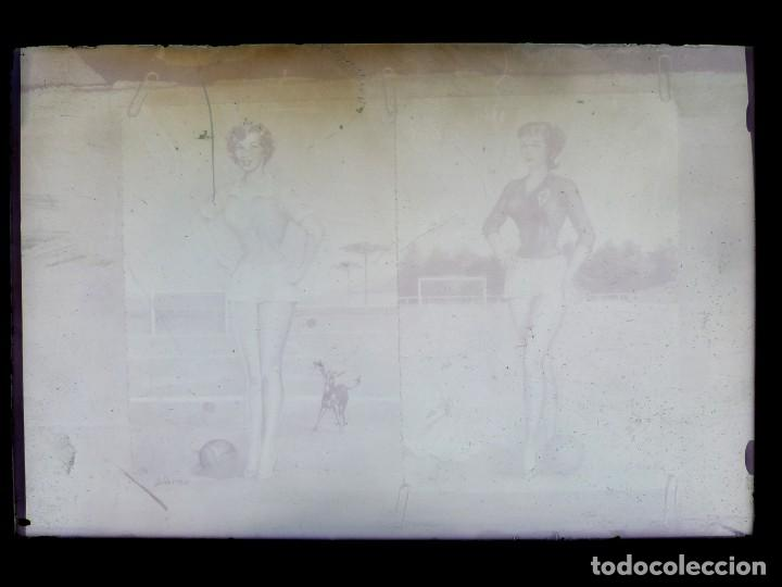 Postales: DIBUJOS CHICAS FUTBOLISTAS FUTBOL - 8 CLICHES ORIGINALES - NEGATIVOS EN CRISTAL - EDICIONES ARRIBAS - Foto 9 - 131355782