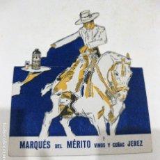 Postales: POSTAL TROQUELADA PUBLICIDAD MARQUES DEL MERITO VINOS Y COÑAC JEREZ 12 / 14 CM . Lote 181202393