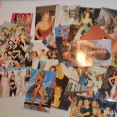 Postales: SPICE GIRLS - LOTE DE 42 FOTOGRAFÍAS POSTALES Y UN ADHESIVO - SIN USO. Lote 185928670
