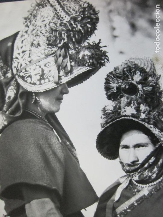 MUJERES DE MONTEHERMOSO-TARJETA PUBLICIDAD CARTON GARRIGA K.3-VER FOTOS-(70.121) (Postales - Postales Temáticas - Publicitarias)