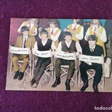 Cartoline: ANTIGUA POSTAL DE LOS BEATLES, OSCARCOLOR, AUTORIZADA ,THE BEATLES, MUY JÓVENES. Lote 292392668