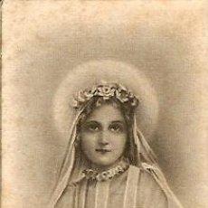 Postales: SANTA TERESITA DEL NIÑO JESÚS EL DIA DE SU PRIMERA COMUNIÓN - MUY ANTIGUO. Lote 27634334