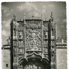Postales: FOTOGRAFÍA ANTIGUA VALLADOLID FACHADA MUSEO NACIONAL DE ESCULTURA COLEGIO SAN GREGORIO. Lote 28959102