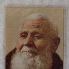 Postales: FRAY LEOPOLDO DE ALPANDEIRE PLASTIFICADO CON RELIQUIA AÑO 1977. Lote 31872344