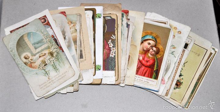 LOTE DE 59 ESTAMPAS RELIGIOSAS (Postales - Postales Temáticas - Religiosas y Recordatorios)