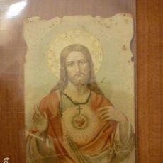Postales: ESTAMPA RELIGIOSA TROQUELADA EL SAGRADO CORAZON DE JESUS.. Lote 63978951