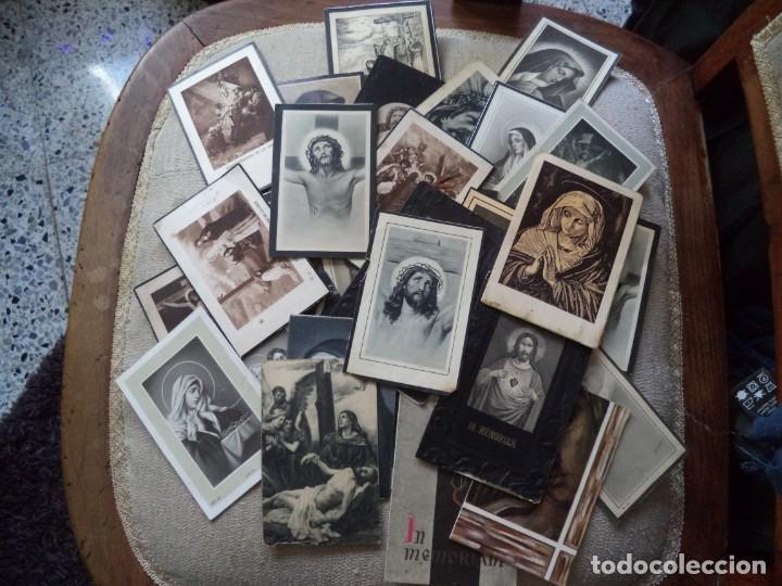 LOTE DE 34 RECORDATORIOS DE DEFUNCIÓN. (Postales - Postales Temáticas - Religiosas y Recordatorios)