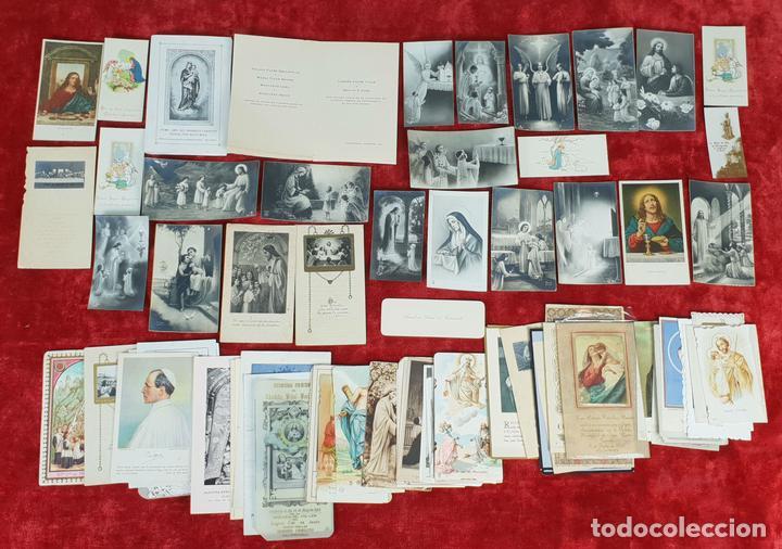 COLECCION DE 88 ESTAMPAS RELIGIOSAS. PAPEL IMPRESO. SIGLO XX. (Postales - Postales Temáticas - Religiosas y Recordatorios)