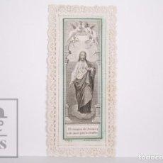 Postales: ANTIGUA ESTAMPA RELIGIOSA TROQUELADA CON PUNTILLA - GRABADO EL CORAZÓN DE JESÚS - PRINCIPIOS S. XX. Lote 167824980