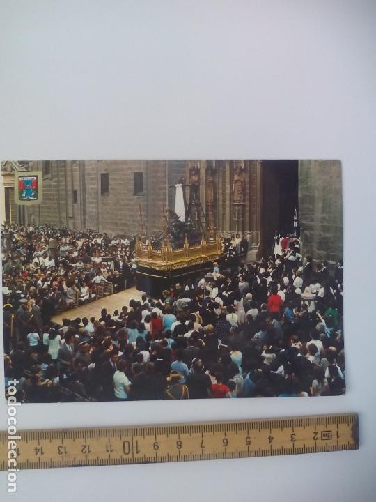 Nº 171 SEVILLA SEMANA SANTA TRIUNFO DE LA SANTA CRUZ. ESCUDO DE ORO. SIN CIRCULAR POSTAL RELIGIOSA. (Postales - Postales Temáticas - Religiosas y Recordatorios)