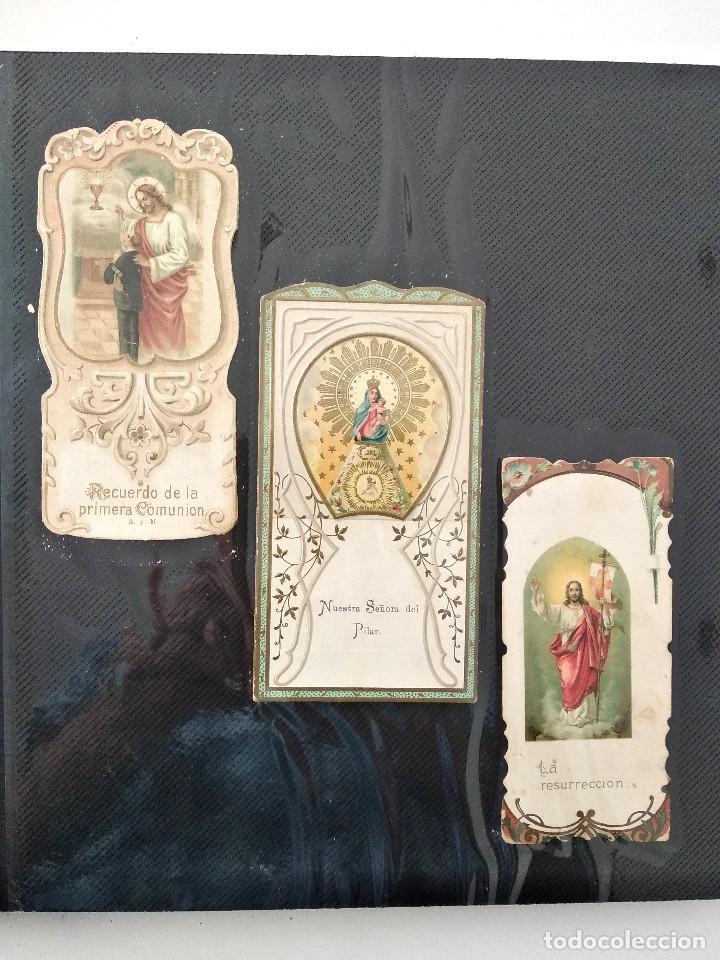 ALBUM CON 70 RECORDATORIOS MUY ANTIGUOS Y BONITOS - VER FOTOGRAFÍAS (Postales - Postales Temáticas - Religiosas y Recordatorios)