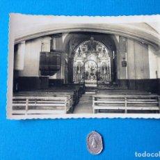 Postales: POSTAL DE LA IGLESIA DEL SANTURIO DE MONTESCLAROS Y MEDALLA.CANTABRIA.. Lote 217179441