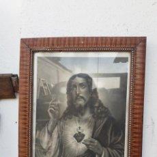 Postales: LAMINA DE CRISTO CON MARCO ANTIGUO. Lote 219150448